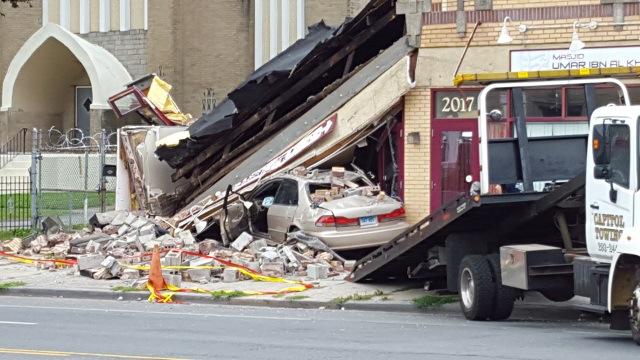 2015-07-18-hartford-car-mosque-partial-collapse-main-street