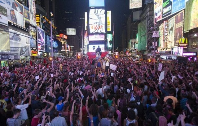 times-square-rally