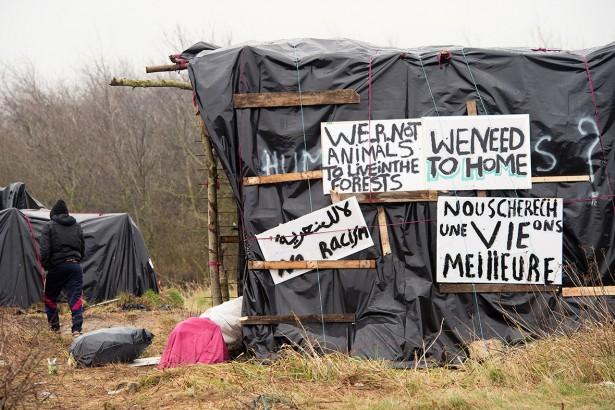 Calais-migrantes