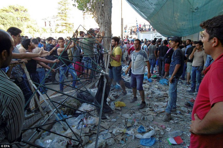 Muslims riot on Lesbos