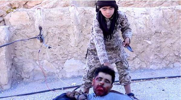 isis-child-beheading-captive-graphic-photos-21122
