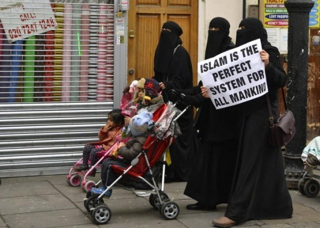 Islam-in-London-640x456