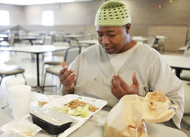 Prisons must cater to every goddamn halal rule and holiday in the muslim calendar