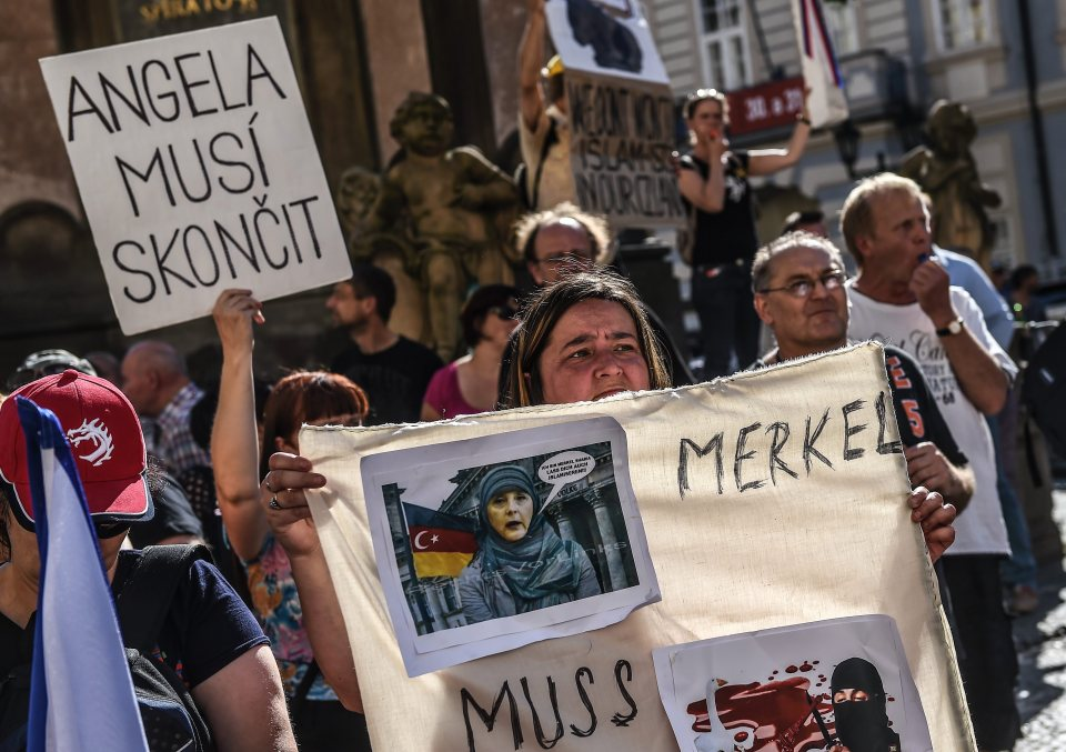 "Signs of ""Merkel must go"" and ""Islam must go"" were seen everywhere"