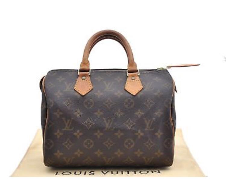 a23b3dd26335 Louis Vuitton St. Cloud PM