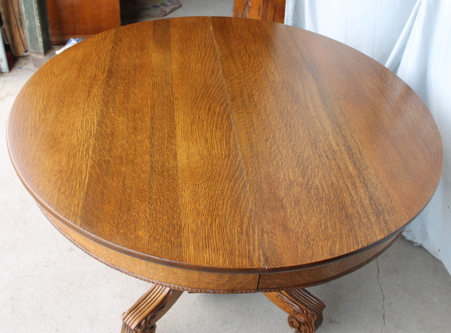 Bargain Johns Antiques  Antique Round Oak Dining Table