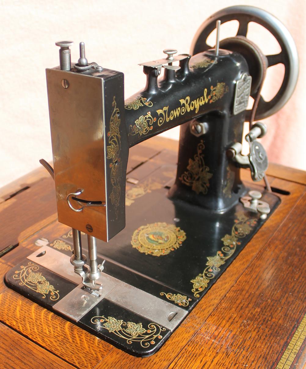 Bargain Johns Antiques  Antique Oak Sewing Machine