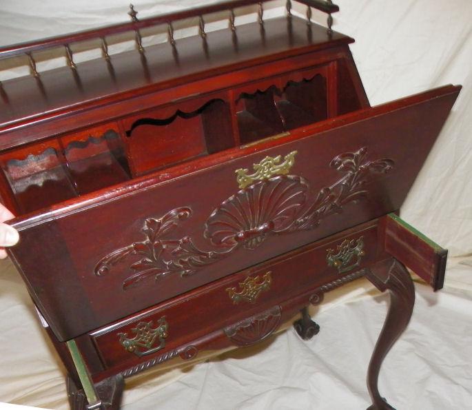 Bargain Johns Antiques  Antique Mahogany drop front