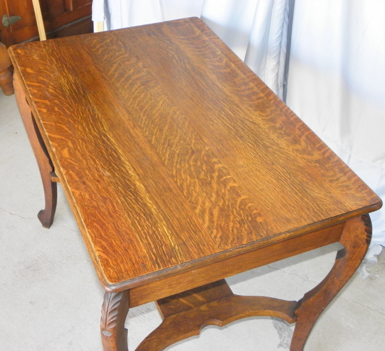 Bargain Johns Antiques  Oak Library Table  Larkin