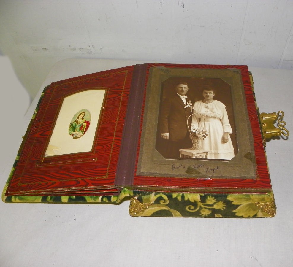 Bargain Johns Antiques Victorian Antique Velour Photo