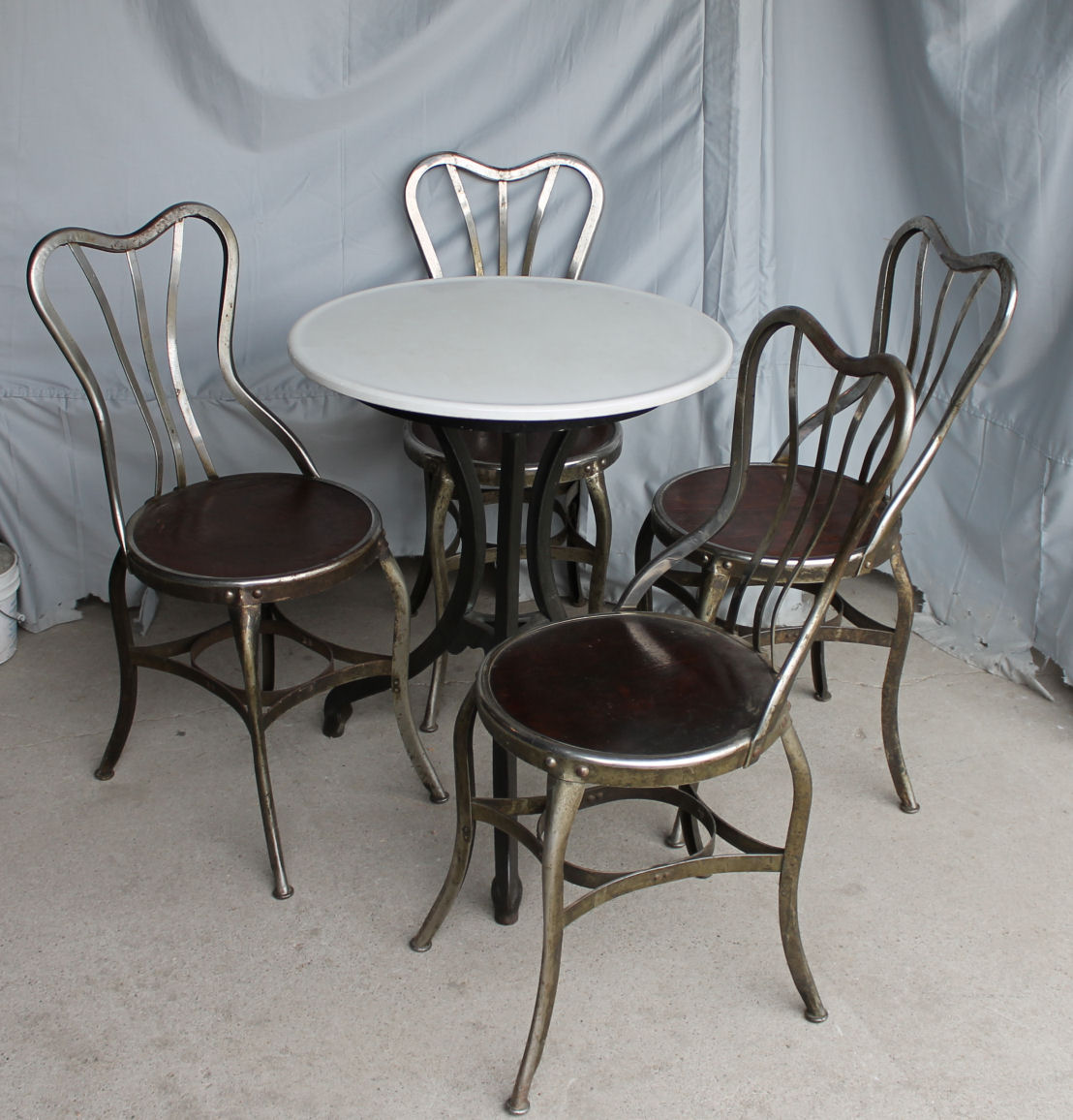 ice cream parlor table and chairs large office plus size bargain john 39s antiques set of 4