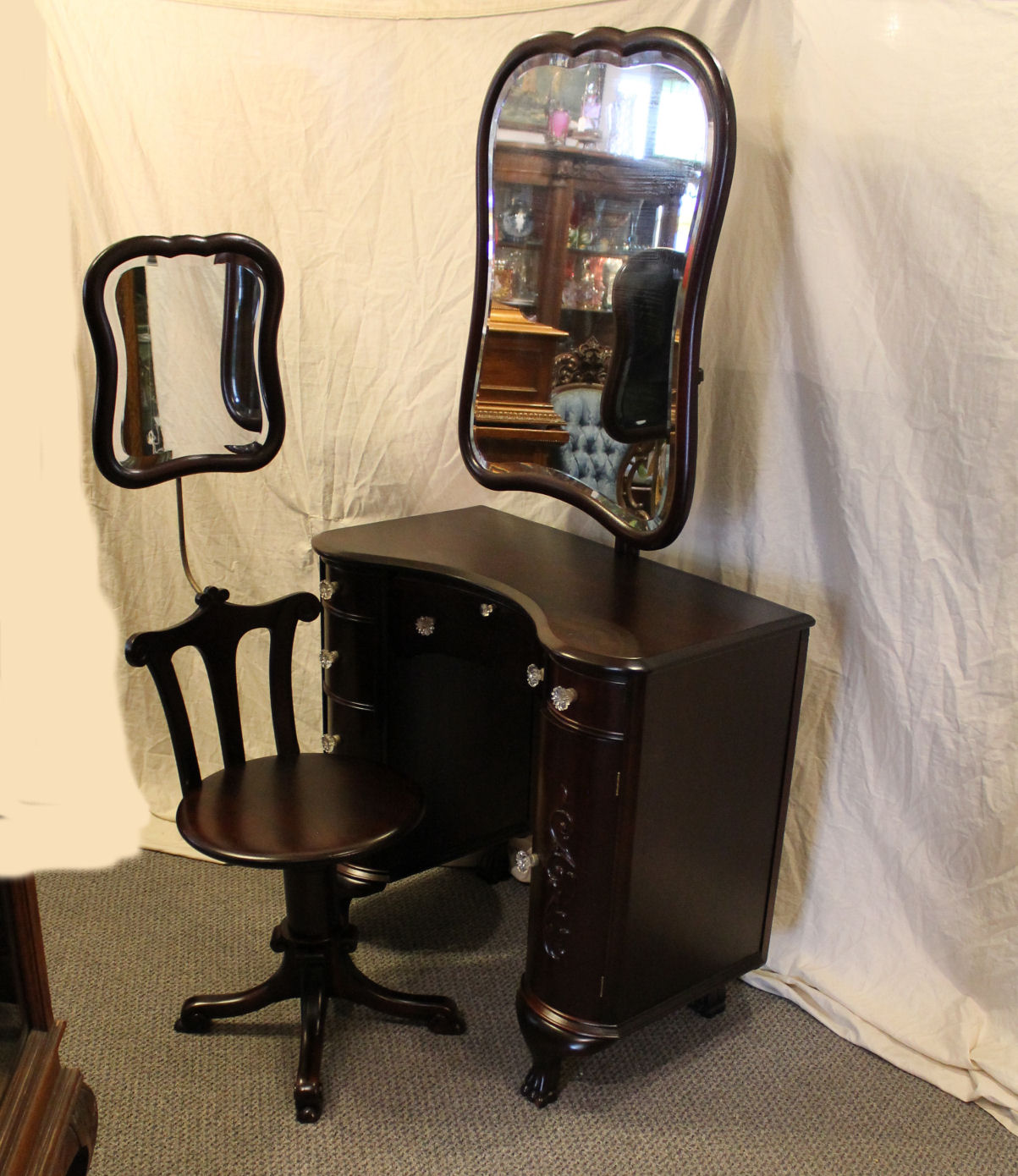 vanity with mirror and chair teak garden table chairs gumtree bargain john 39s antiques mahogany adjustable