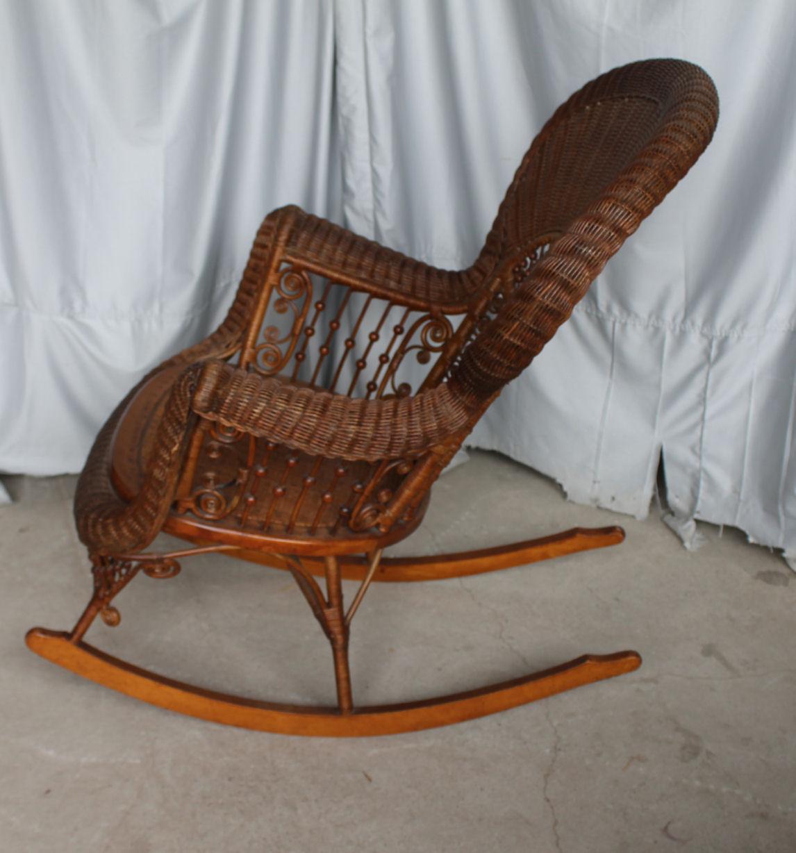 Bargain Johns Antiques  Heywood Wakefield Victorian