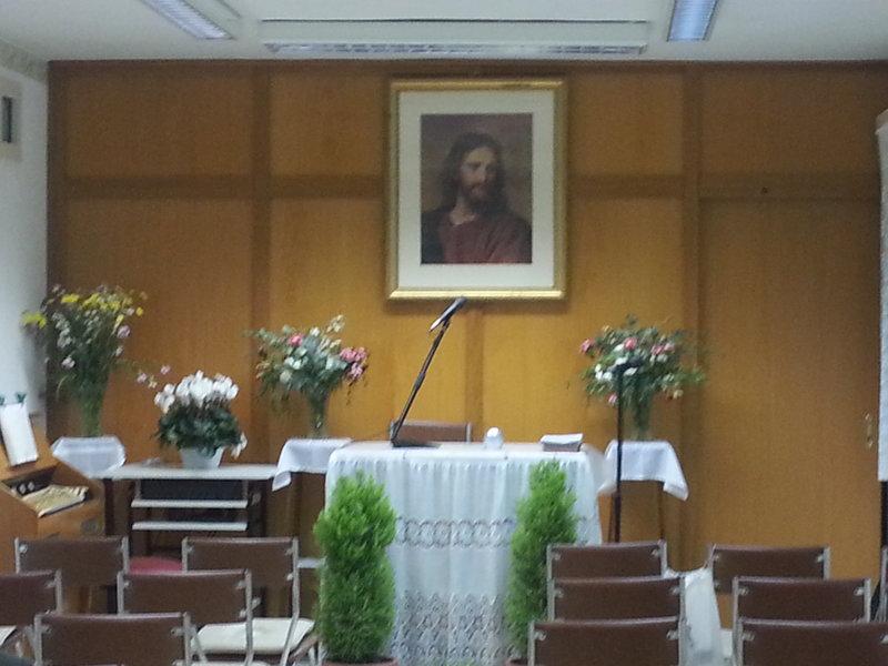 La Chiesa del regno di Dio concorrenza ai Testimoni