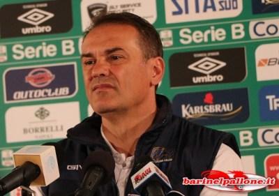 Vincenzo Vivarini, attuale tecnico del Latina