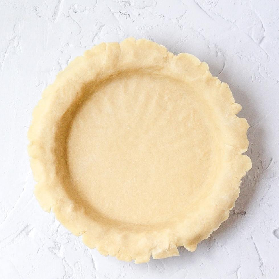 unfilled pie crust