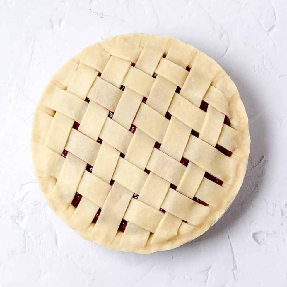 uncooked pie crust with lattice design