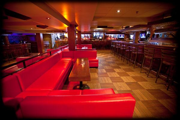 Winnies Bar  Bar Montreal