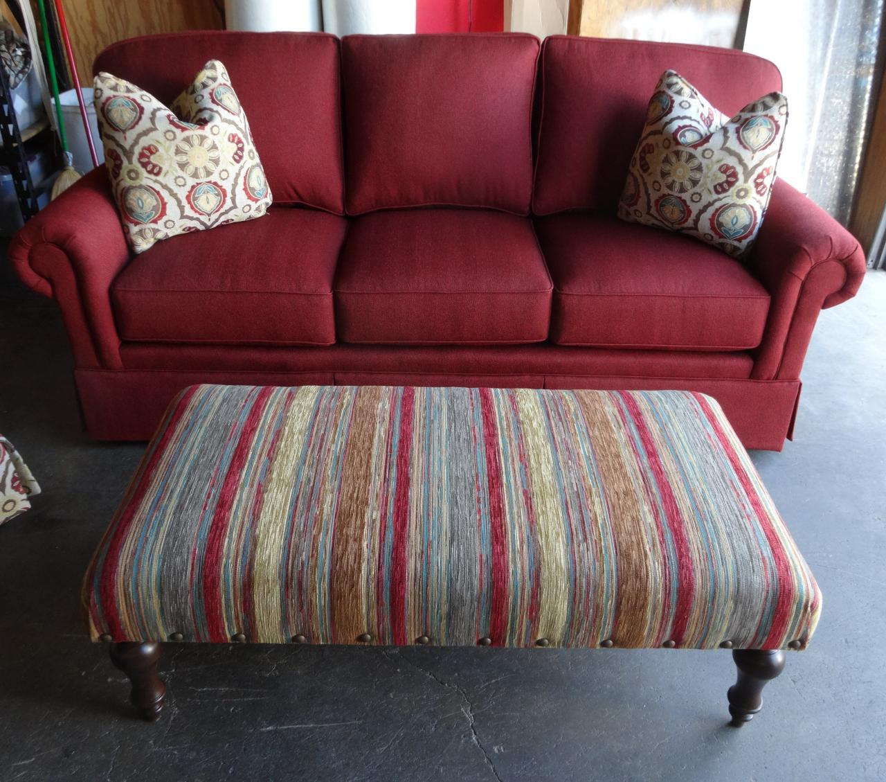 king hickory sofa winston large crossword puzzle clue barnett furniture bentley