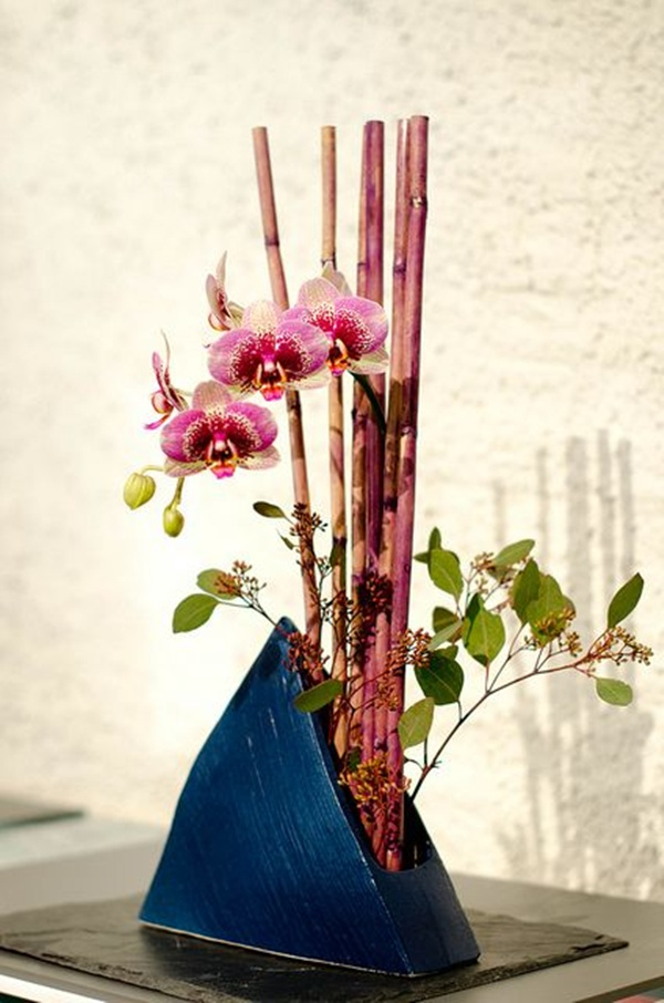 Ikebana the japanese art of flower arrangement chateau