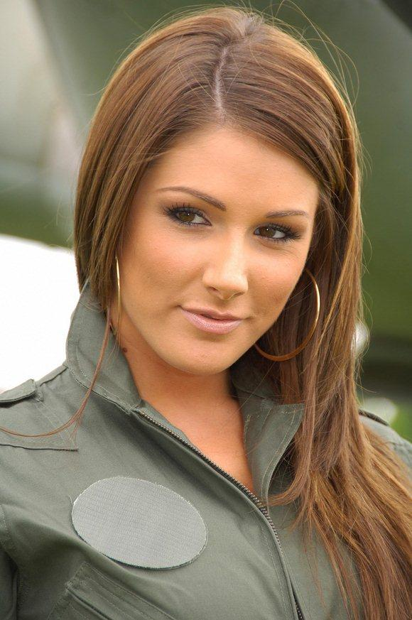 lucy-pinder_52516