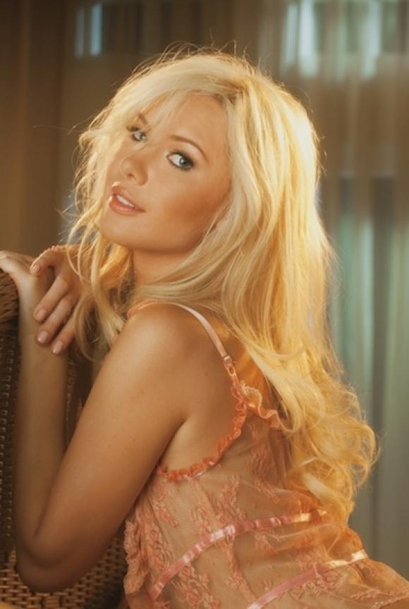 babe-of-the-day-tiffany-toth-20110814111416224-000
