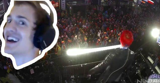 Fortnite Streamer Ninja Tries to Make Time Square Floss
