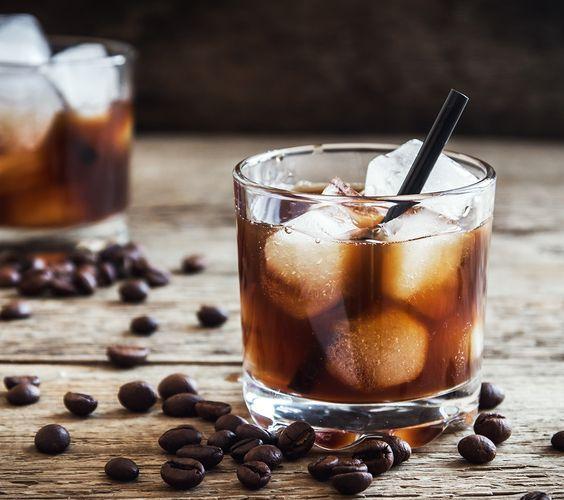 black russian cocktail kokteyl