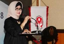 HUT DEKRANASDA: Ketua Dekranasda Jatim, Nina Soekarwo saat Peringatan HUT ke-38 Dekranasda Jatim di Surabaya, Selasa (6/3). | Foto: Ist