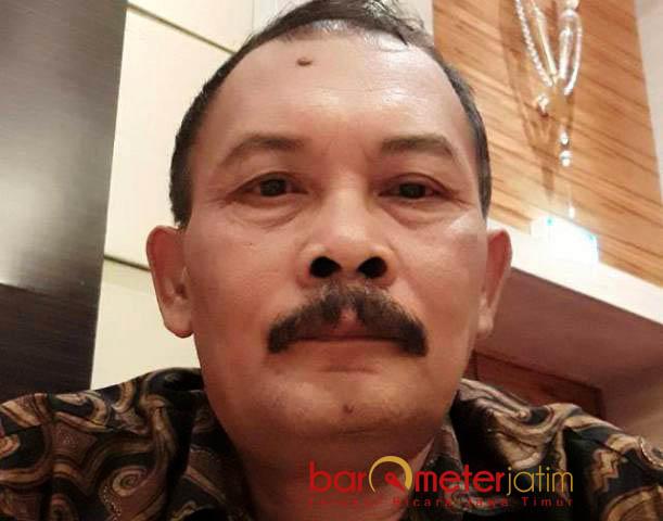 SURAT EDARAN THR: Kepala Disnakertrans Lamongan, Muhammad Kamil kirim surat ke 250 perusahaan terkait pemberian THR. | Sumber: Barometerjatim.com/HAMIM ANWAR