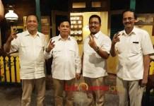 KELILING PONPES: Soepriyatno (dua dari kiri), ada yang suruh kiai agar tak memilih Prabowo Subianto karena dengat dengan 212. | Foto: Barometerjatim.com/ABDILLAH HR