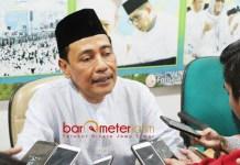 TAK PUNYA AMBISI: KH Hasan Mutawakkil Alallah, tak punya ambisi untuk kembali memimpin PWNU Jatim. | Foto: Barometerjatim.com/ROY HASIBUAN
