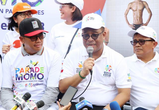 KAWAL PENYANDANG DISABILITAS: Hartono Laras (tengah), Kemensos kawal persiapan pembukaan Asian Para Games 2018. | Foto: Humas Kemensos/IKHWAN