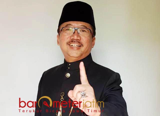 TETAP BERPIKIR POSITIF: Bambang DH mengajak masyarakat Jatim tetap berpikir positif di tahun politik. | Foto: Barometerjatim.com/WIRA HARLIJADI