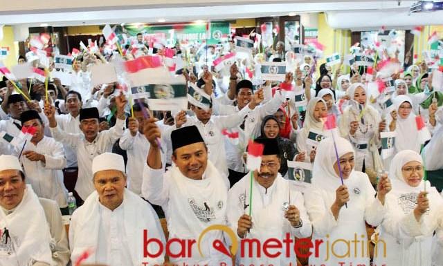 UNTUK KEMENANGAN JOKOWI-MA'RUF: Deklarasi JKSN Cabang Istimewa Malaysia di Hotel Adamson, Kuala Lumpur, Minggu (21/10). | Foto: Barometerjatim.com/ROY HASIBUAN