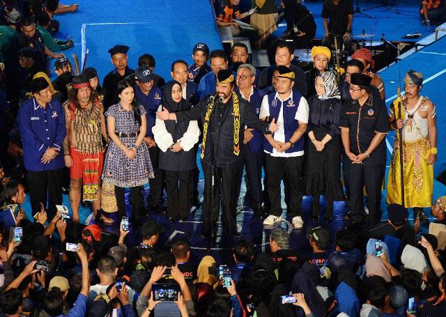 Surya Paloh menutup rangkaian kampanye akbar di Balikpapan, Kaltim, Rabu (10/4/2019).   Foto: Ist