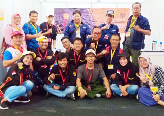 Tim Bima Cakrawangsa Unesa pada ajang SEMA 2019 di Sepang International Circuit, Malaysia. | Foto: Ist