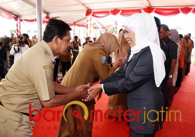 HALAL BI HALAL: Khofifah halal bi halal dengan ASN Pemprov Jatim. | Foto: Barometerjatim.com/MARJAN AP
