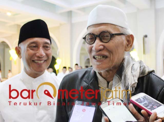JATAH MENTERI: KH Miftachul Akhyar (kanan), wajar NU usulkan tambahan menteri ke Jokowi. | Foto: Barometerjatim.com/ROY HS