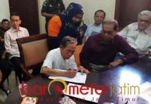 KEMBALI KE PEMKOT: YKP dan PT Yekape kembali ke pangkuan Pemkot Surabaya setelah 17 tahun lepas.   Foto: Barometerjatim.com/ABDILLAH HR