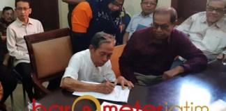KEMBALI KE PEMKOT: YKP dan PT Yekape kembali ke pangkuan Pemkot Surabaya setelah 17 tahun lepas. | Foto: Barometerjatim.com/ABDILLAH HR