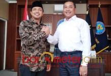 PERANGI NARKOBA: Gus Hans (kiri) dan Bambang Priyambada, bersama perangi narkoba di Jatim. | Foto: Barometerjatim.com/ROY HS