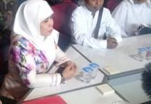 BEREBUT REKOM PDIP: Dwi Astuti kembalikan formulir Bacawawali Surabaya lewat penjaringan PDIP. | Foto: IST