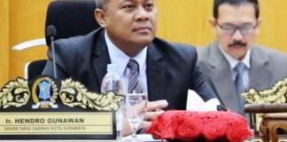 BEKERJA DALAM DIAM: Hendro Gunawan, birokrat Pemkot Surabaya yang banyak bekerja dalam diam.   Foto: IST