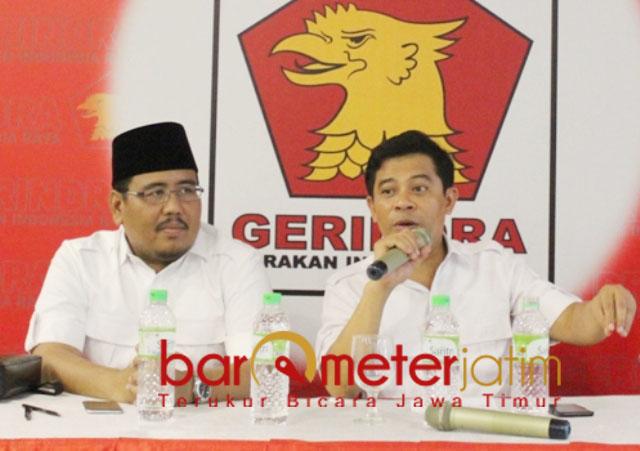 PILIHAN PAHIT: Soepriyatno (kanan) dan Anwar Sadad, Pilihan pahit maju Pilwali Surabaya. | Foto: Barometerjatim.com/ROY HS