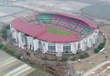 PEMKOT SURABAYA MEMBANTAH: Stadion GBT disebut Khofifah bau sampah, Pemkot membantah. | Foto: IST