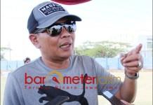 JANGAN BERASUMSI: Irvan Widyanto, minta Sahat jangan buru-buru berasumsi soal Risma. | Foto: Barometerjatim.com/ROY HS
