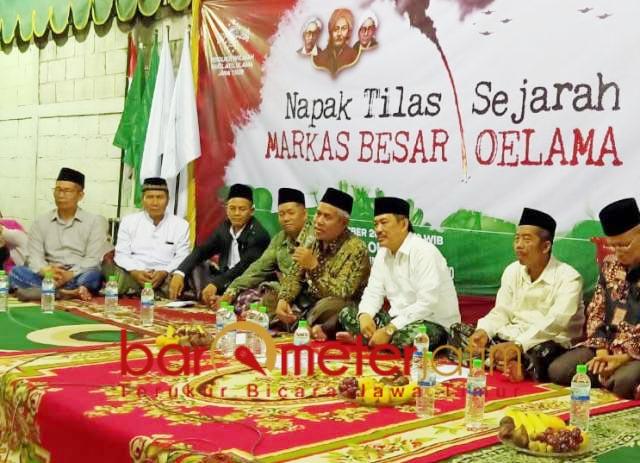 NAPAK TILAS MBO: KH Marzuki Mustamar di acara napak tilas sejarah MBO.   Foto: Barometerjatim.com/NATHA LINTANG