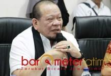 OTSUS ACEH: Ketua DPD RI, La Nyalla Mattalitti saat kunker di Aceh. | Foto: Barometerjatim.com/ROY HS