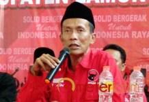 PILBUP LAMONGAN: Saim, rekom PDIP untuk Sholahuddin asal tak ada bencana politik. | Foto: Barometerjatim.com/HAMIM ANWAR
